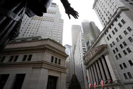 U.S. stocks mixed at close of trade; Dow Jones Industrial Average down 1.09%
