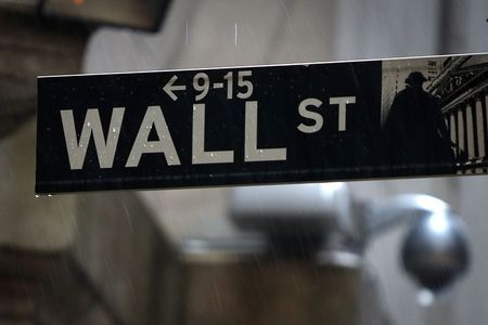 U.S. stocks higher at close of trade; Dow Jones Industrial Average up 0.73%