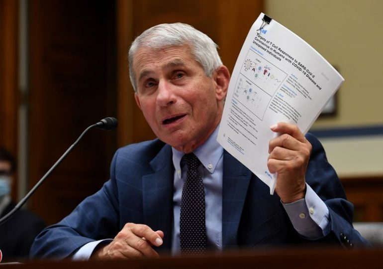 Fauci apologizes for casting doubt over UK's approval of Pfizer vaccine