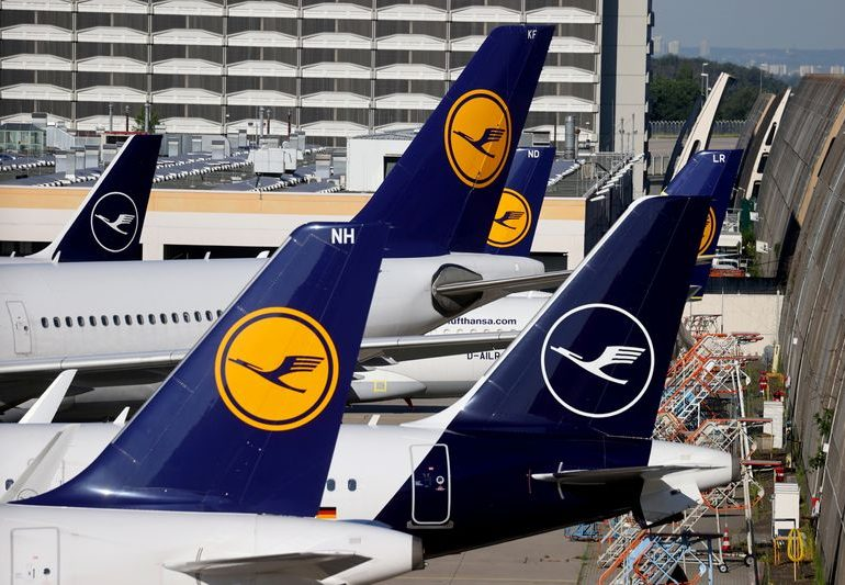 Lufthansa's unionized ground staff back cost-cutting deal, document shows