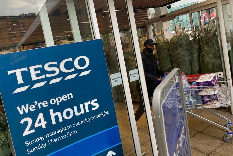 Analysis: Christmas and Brexit double bill put strain on UK supermarkets