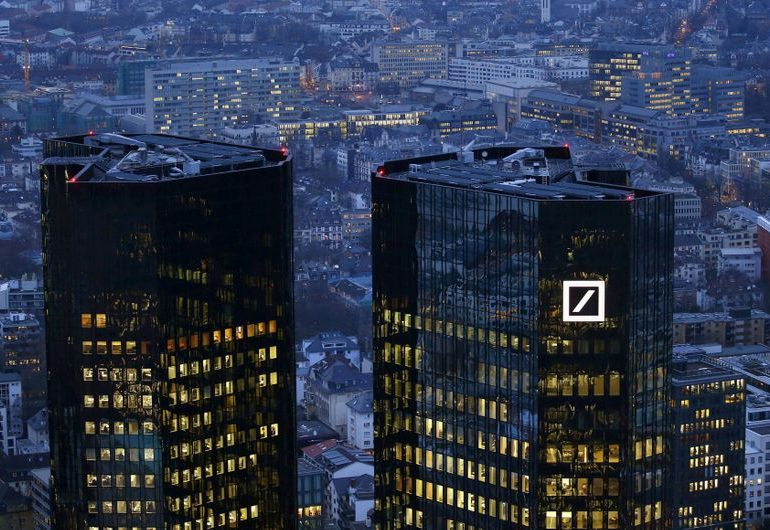 Deutsche Bank to link management pay to sustainability targets