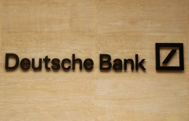 Deutsche Bank sticks with 2022 profit target, to make deeper cost cuts