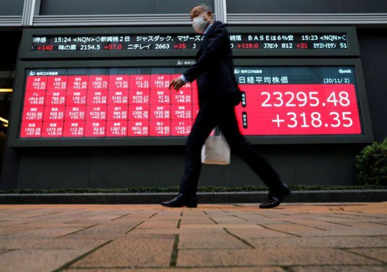 Stimulus, Brexit talks weigh on Asian markets