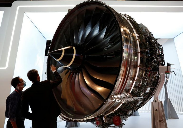 Rolls-Royce sticks to guidance, on track for cost-saving target