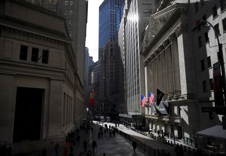 S&P dividend payments to investors hit record in 2020