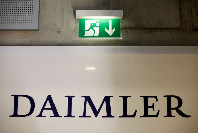 U.S. imposes $30 million penalty on Daimler for delayed truck recalls