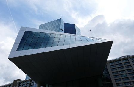 European Stocks Edge Higher; ECB Expected to Deliver Stimulus