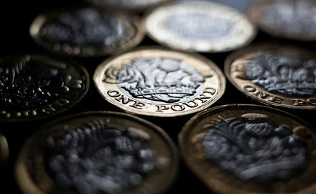 Pound Rally Seen Capped to 2018 Level on a Brexit Trade Deal