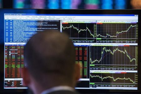 White American Wealth Hits Record High on Pandemic Stocks Surge