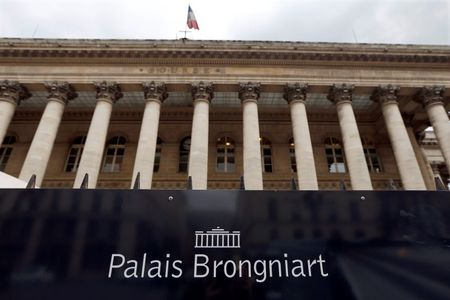 France stocks lower at close of trade; CAC 40 down 0.90%
