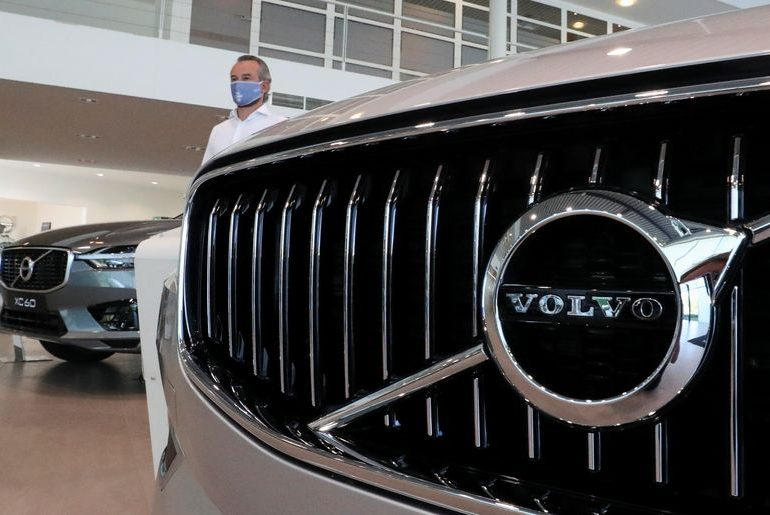 Volvo Cars posts 6% December sales rise as recovery continues