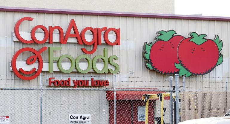 Conagra's profit forecast upbeat as pandemic continues to fuel grocery demand