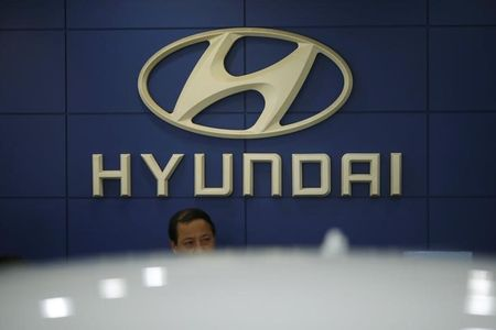 Hyundai Shares Jump Most Since 1988 After Report on Apple Tie-Up