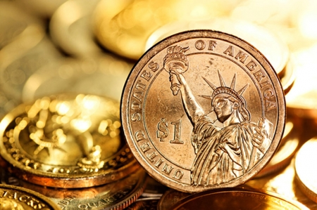 Dollar Edges Higher; Downtrend Pauses Ahead of Payrolls