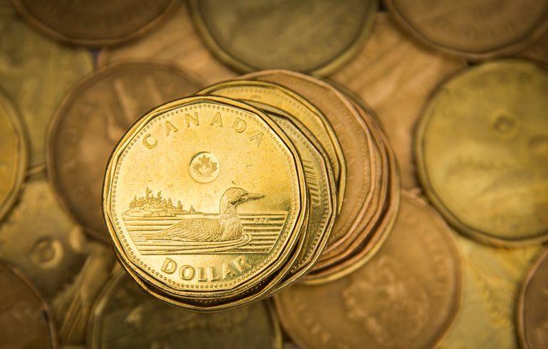 Canadian dollar beats G10 rivals on rising U.S. stimulus hopes