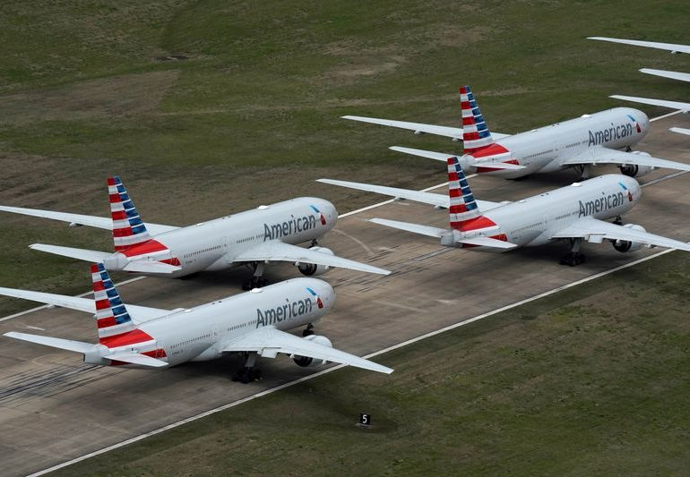 U.S. airlines see 'glimmers of hope' as bookings improve
