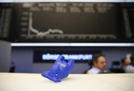 European Stocks Lower; Covid Worries Overshadow PMI Data