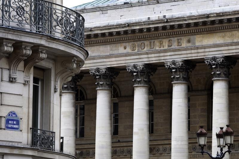 France stocks mixed at close of trade; CAC 40 down 0.01%