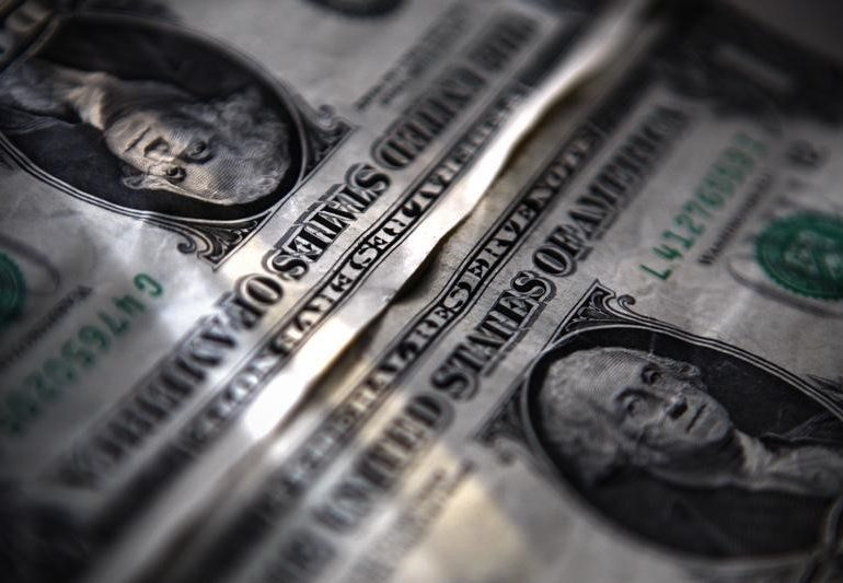 Dollar Battered, Bruised, but Set to Escape Bearish Clutches By Investing.com