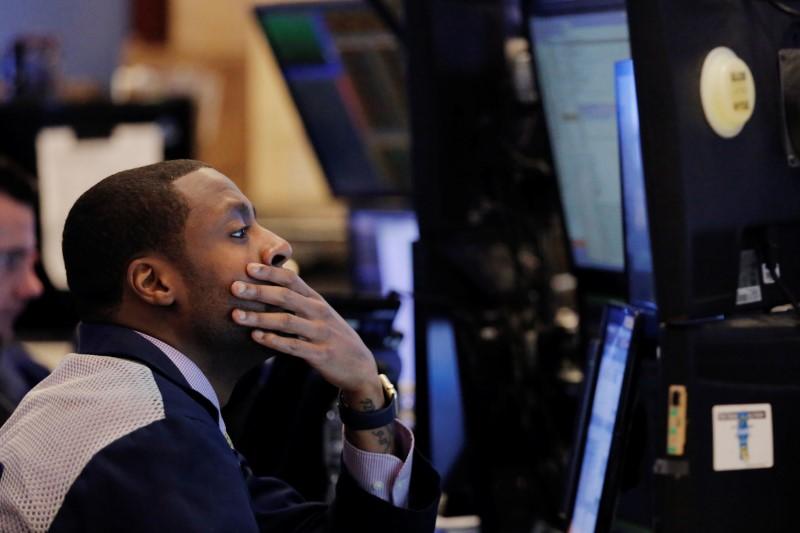S&P 500 in Sideways Action; Clover Health Rides Meme Wave Higher