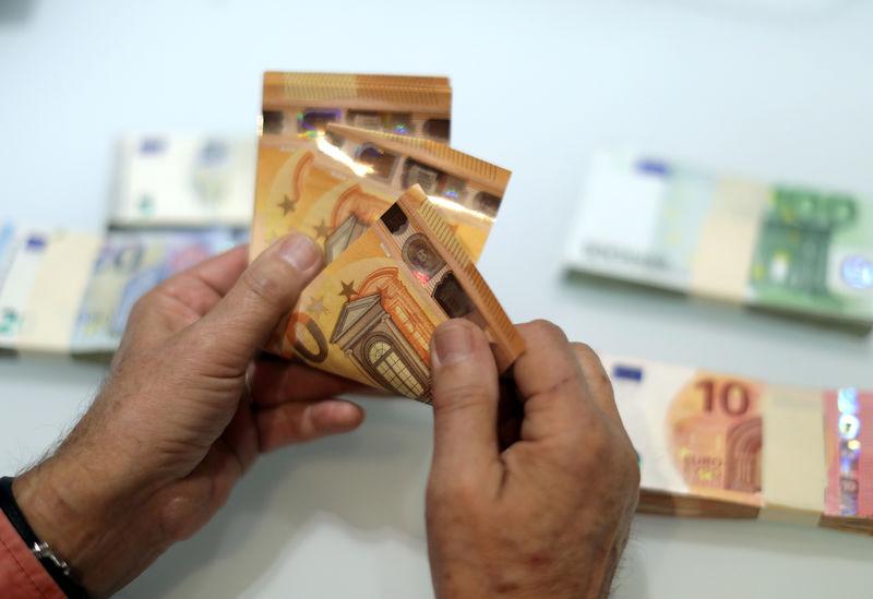 EUR/USD Ends Rocky Ride Flat as ECB Taper Talk Seen Heating Up