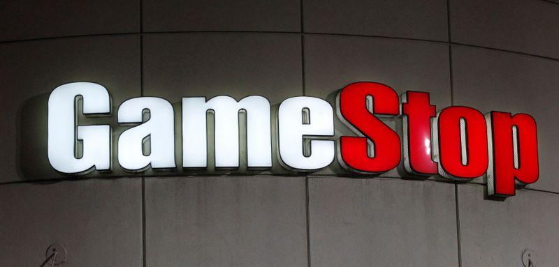 GameStop taps two Amazon executives as CEO, CFO