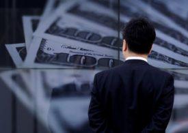 Speculators' bullish bets on U.S. dollar fall -CFTC, Reuters data By Reuters